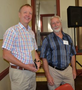 SARDI pathologist Hugh Wallwork and SADGA chairman Alwyn Dyer.